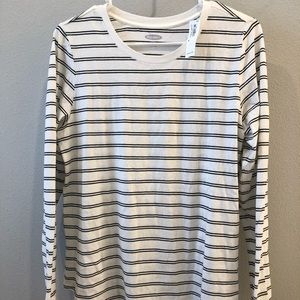 Long sleeve Old Navy tee